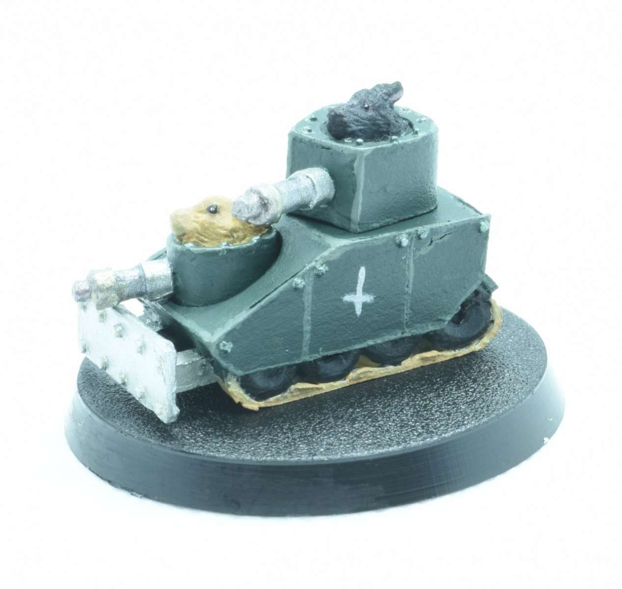 Bunny Tank from BadSquiddo Games painted by Wulfhildr